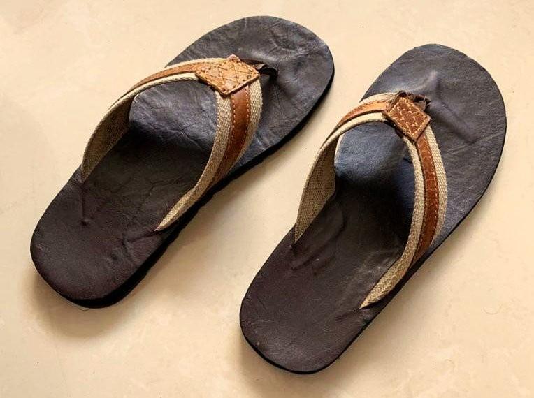 """Gastando Zapatos con mis """"Sandalias cafés"""""""
